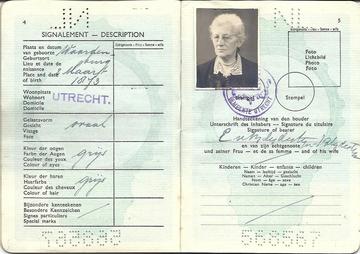 paspoort Ester van Blijdestijn1